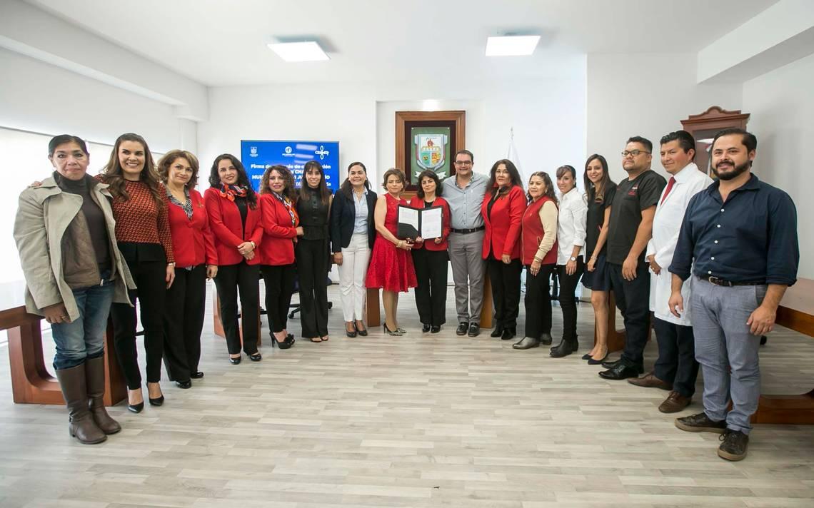 Colaboran con Fundación Chabely - El Sol de San Juan del Río