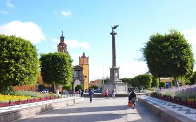 Plaza Independencia Fue Decision De La Emperatriz Carlota El Sol