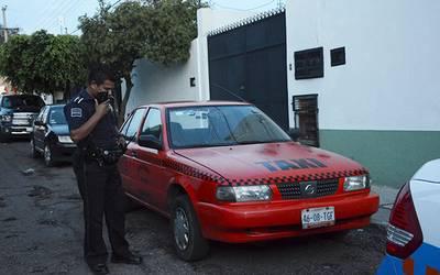 Propietario localizó su taxi - El Sol de San Juan del Río